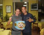 Simona con Luca Giacon e la Cintura IBF appena conquistata